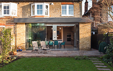 House renovation Kew TW9, Richmond, London, Kitchen extension Kew TW9, flat roof extension, sliding door extension, Kitchen installation, underfloor heating, decorating Kew TW9 Richmond.  West London Extensions 7065